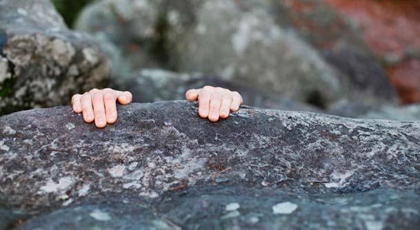 hender på stein